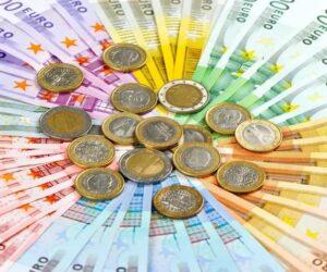 lettura dei tarocchi sui soldi